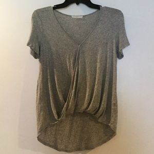 LUSH SURPLICE WRAPPED HI LOW GREY TEE